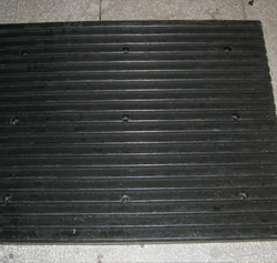 橡胶坡道减噪板2